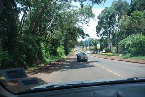 kenia-carretera.jpg